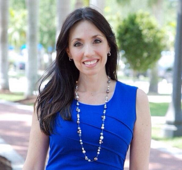 Headshot Patricia Young